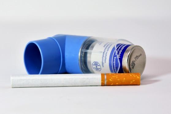 cigarette-3022376_1920.jpg