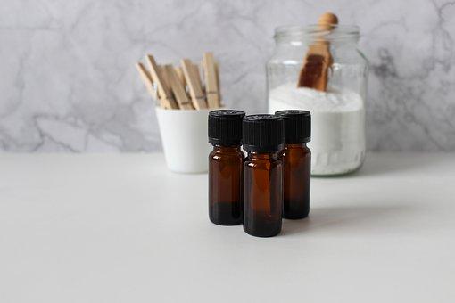 essential-oils-4017611__340